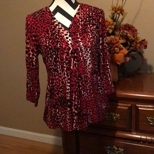 Sassy red leopard top!